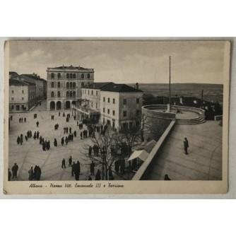 Labin: stara razglednica Piazza Vitt. Emanuele III