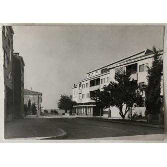 Fažana: stara razglednica ulica