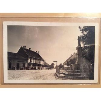 VALPOVO STARA RAZGLEDNICA SPOMENIK ULICA 1946.